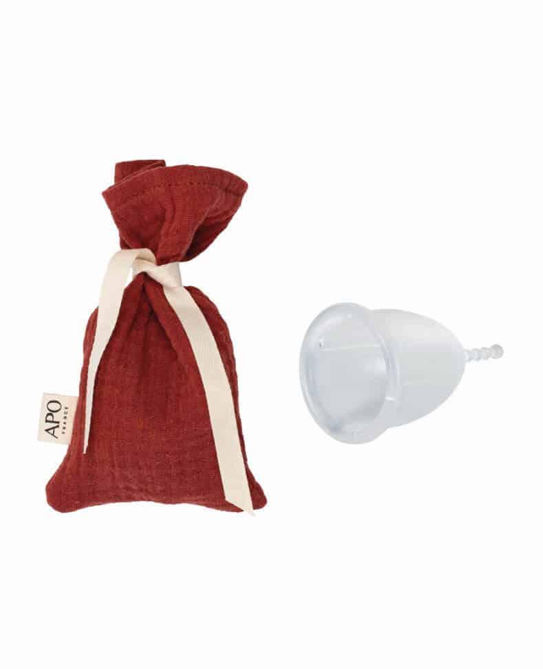 Coupe menstruelle et son pochon protecteur