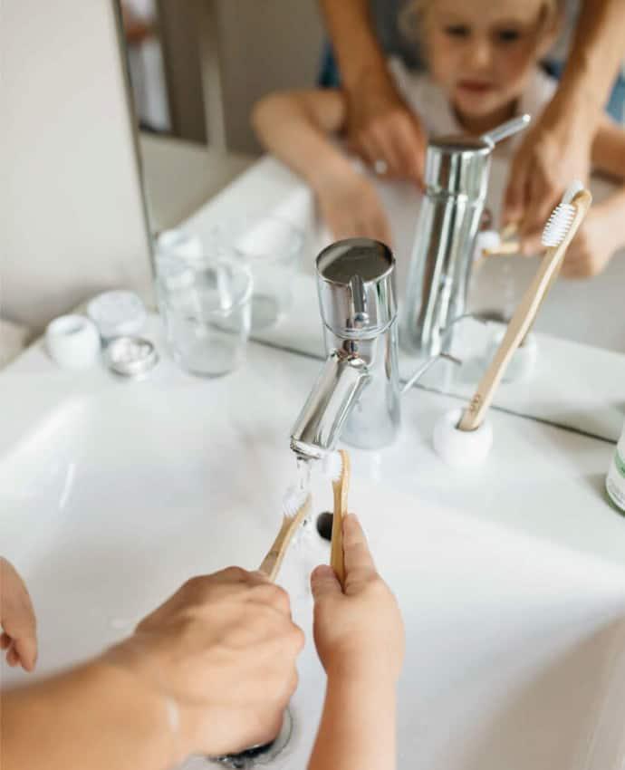 Brosse à dents en bambou écologique et vegan pour adulte