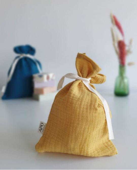 pochon cadeau réutilisable jaune